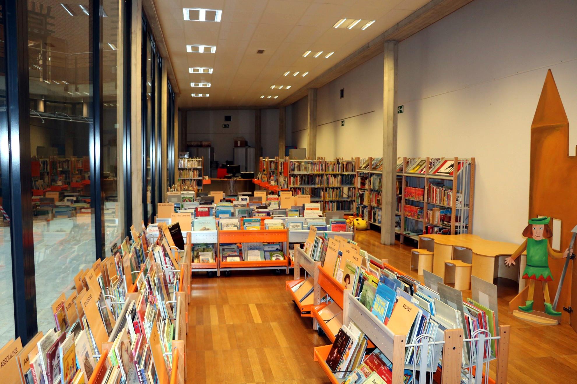 Espace Jeunesse de la bibliothèque Langlois